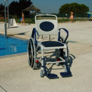 silla ruedas acuática