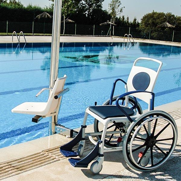 imagenes productos accesos silla ruedas acuatica2 con elevador